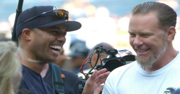 Metallica toca música para lenda do beisebol
