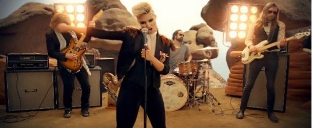 Dianna Agron no novo vídeo do The Killers