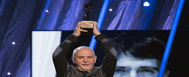 Peter Gabriel vê como possível reunião do Genesis