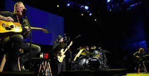 Metallica vende apresentação acústica