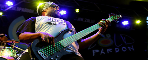 Morre baixista do Suicidal Tendencies