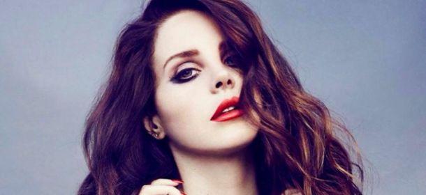 Lana Del Rey prepara lançamento para trilha de filme de terror