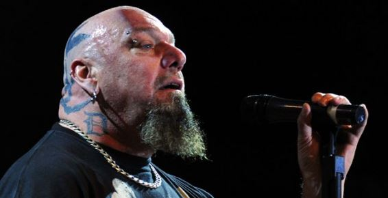 Paul Di'Anno, ex-vocal do Iron Maiden, anuncia último show de sua carreira