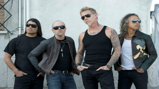 "Metallica estreia ""Moth Into Flame"" ao vivo"