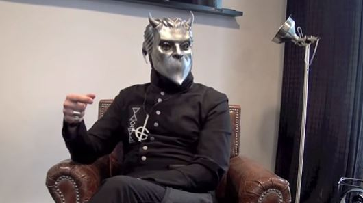 "Ghost libera novo álbum ao vivo ""Ceremony And Devotion"""