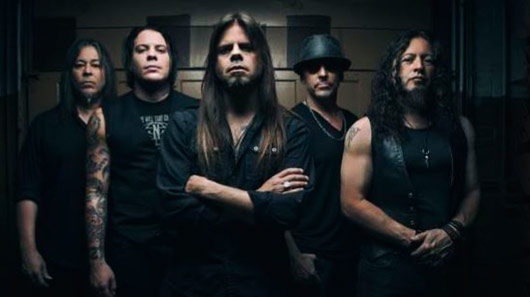 "Queensrÿche lança som novo: ""Arrow Of Time"""