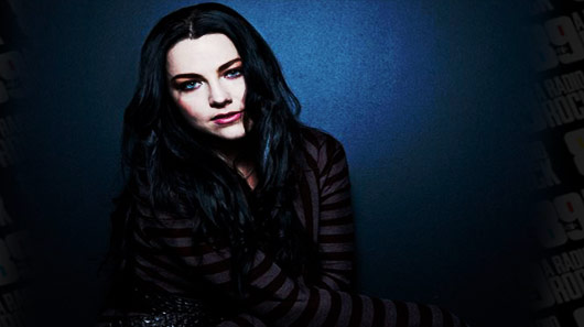 "Evanescence: Amy Lee faz cover de ""Young and Beautiful"", de Lana Del Rey"