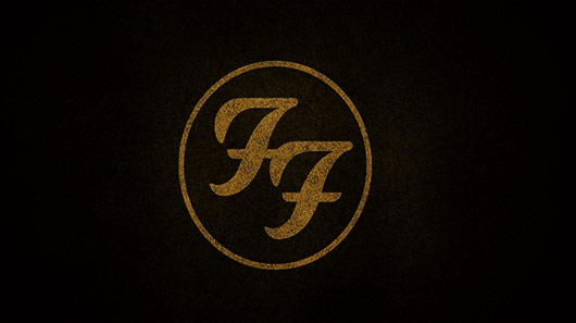 Foo Fighters: banda retorna aos palcos