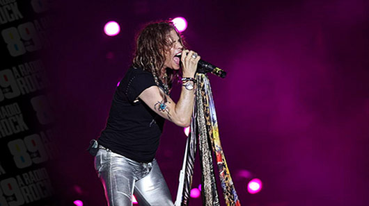 "Aerosmith toca ""Dream On"" em homenagem a Chris Cornell"