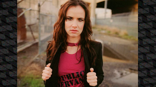 "Juliette Lewis lança a faixa ""Any Way You Want"""
