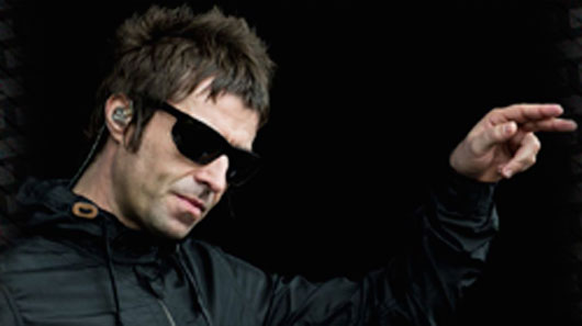 "Vídeo mostra Liam Gallagher gravando os vocais de ""Champagne Supernova"""