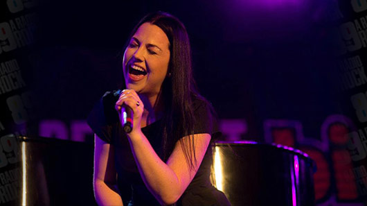 "Evanescence apresenta ""Wasted On You"" na TV americana"