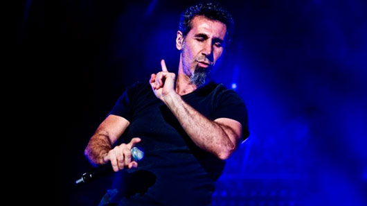 Ouça: Serj Tankian, do System Of A Down, participa de novo single de Jimmy Urine