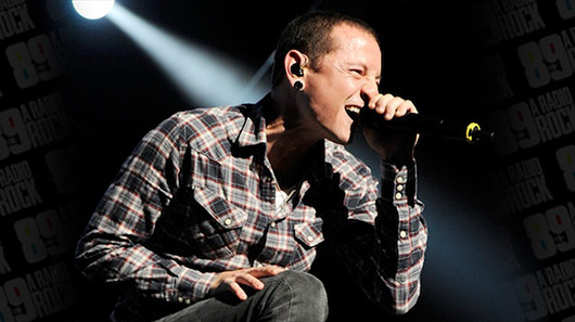 Chester Bennington, do Linkin Park, é encontrado morto, diz site