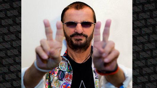 """Ringo Starr recebe título de """"Sir"""""""