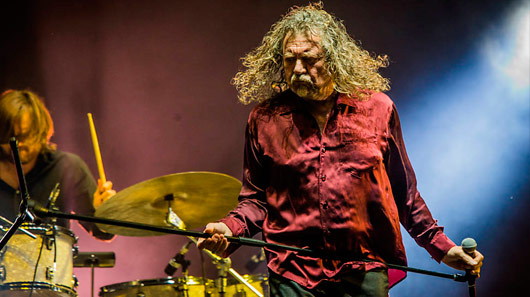 Robert Plant descarta retorno do Led Zeppelin