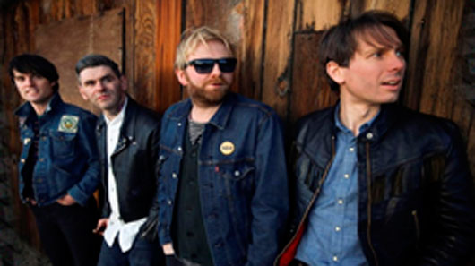 "Franz Ferdinand libera clipe de ""Feel The Love Go"""