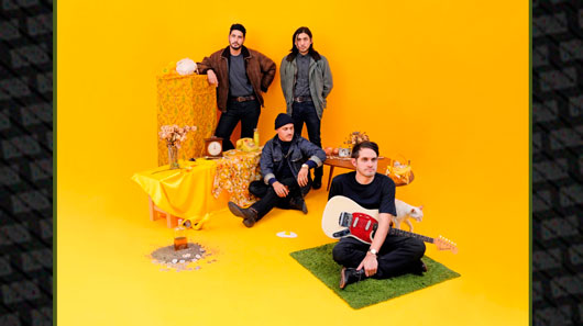 """Together Pangea libera novo disco """"Bulls and Roosters"""""""
