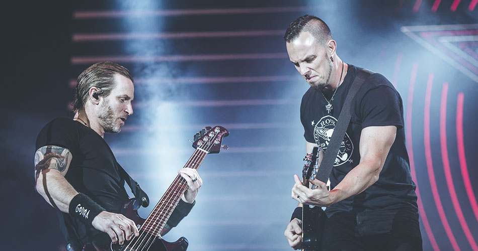 "Assista: Alter Bridge libera clipe de ""The End Is Here"""