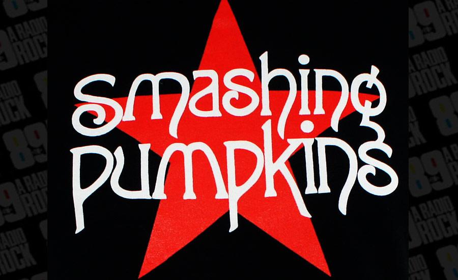 Baixista original fica de fora da reunião do Smashing Pumpkins