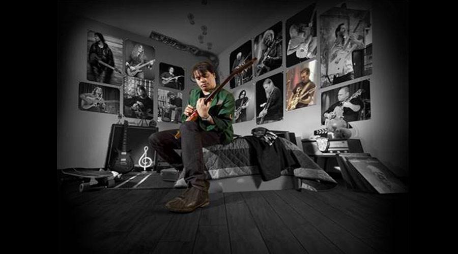 """""""Rock Rádio"""": single instrumental de Daniel Figueiredo tem participação de Marcos Kleine, do Ultraje a Rigor"""