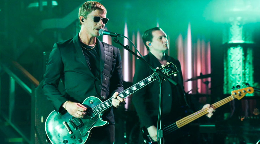 Interpol anuncia novo EP e libera single