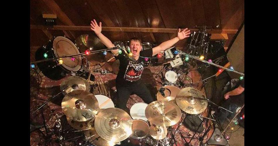 Korn está de volta aos estúdios