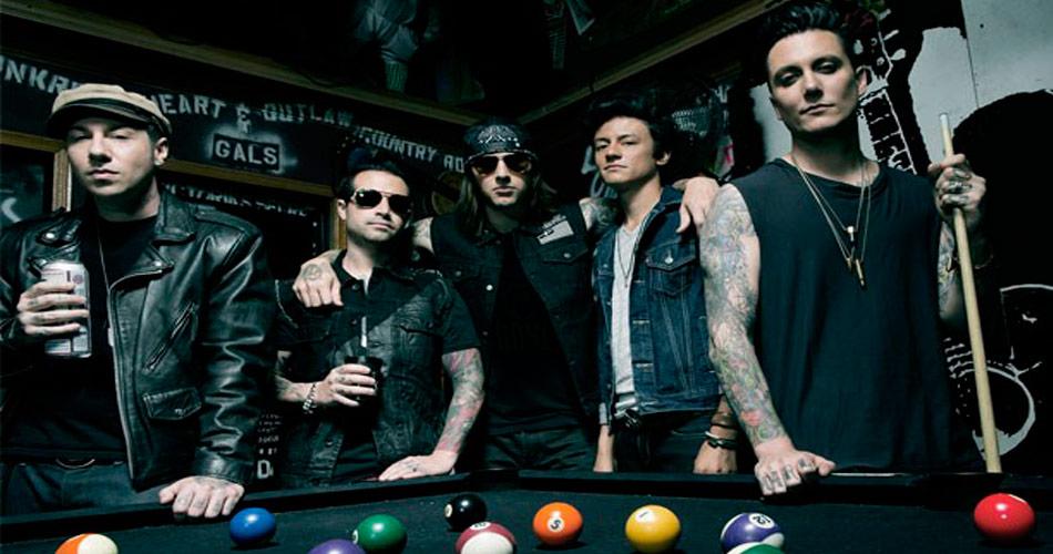 """Ouça """"Mad Hatter"""", novo single do Avenged Sevenfold"""