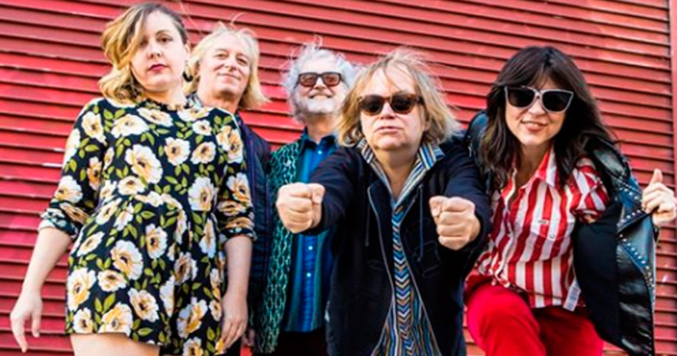 Filthy Friends, banda de Peter Buck, do REM, disponibiliza videoclipe