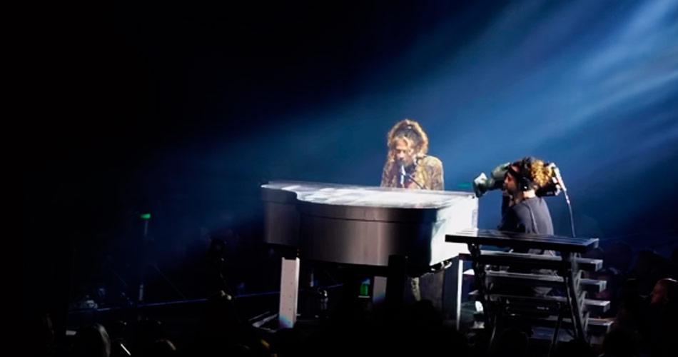 "Aerosmith publica vídeo com Steven Tyler ""estragando"" o clássico ""Hole In My Soul"""