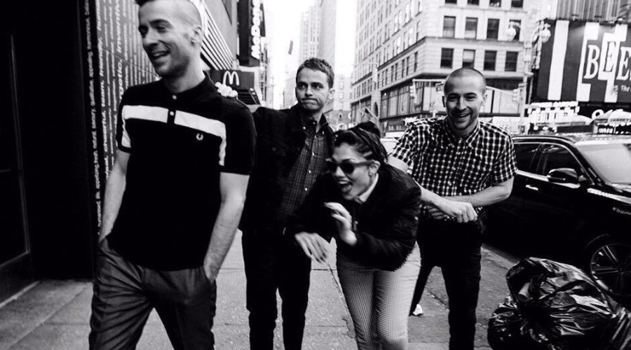 "The Interrupters transformam ""Bad Guy"", de Billie Eilish, num delicioso ska punk"