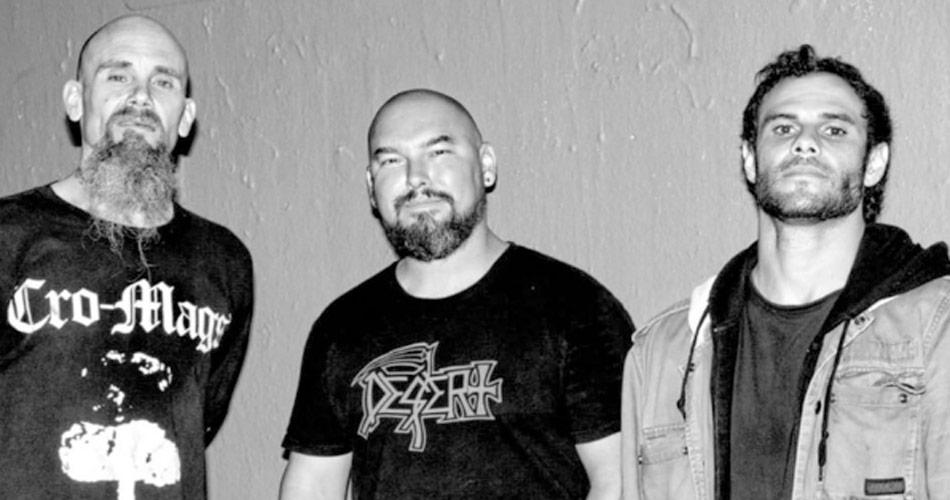 Ex-Queens Of The Stone Age, Nick Olivery se apresenta em São Paulo