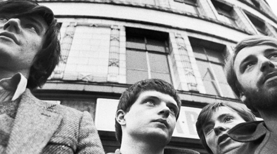 "Joy Division: clássico ""She´s Lost Control"" ganha novo videoclipe"