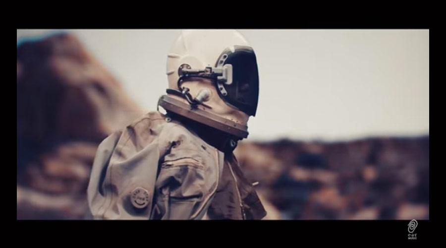 Deep Purple: novo clipe traz astronauta vagando pela Terra