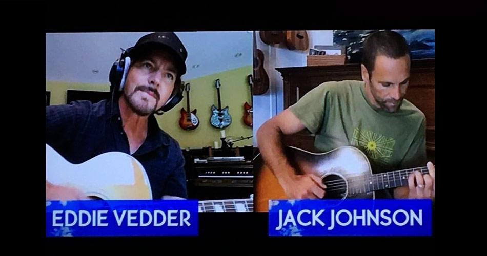 Épico! Eddie Vedder toca com Jack Johnson em live de festival havaiano