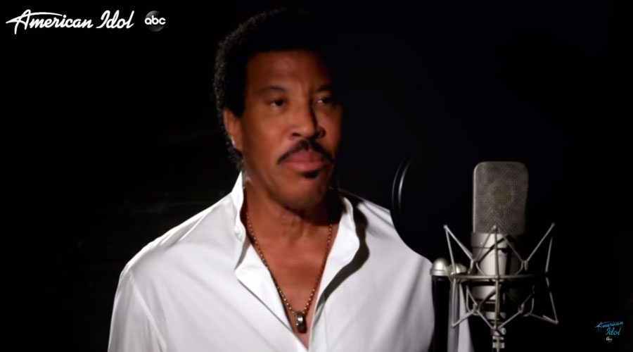 "Lionel Richie lança nova versão de ""We Are The World"""