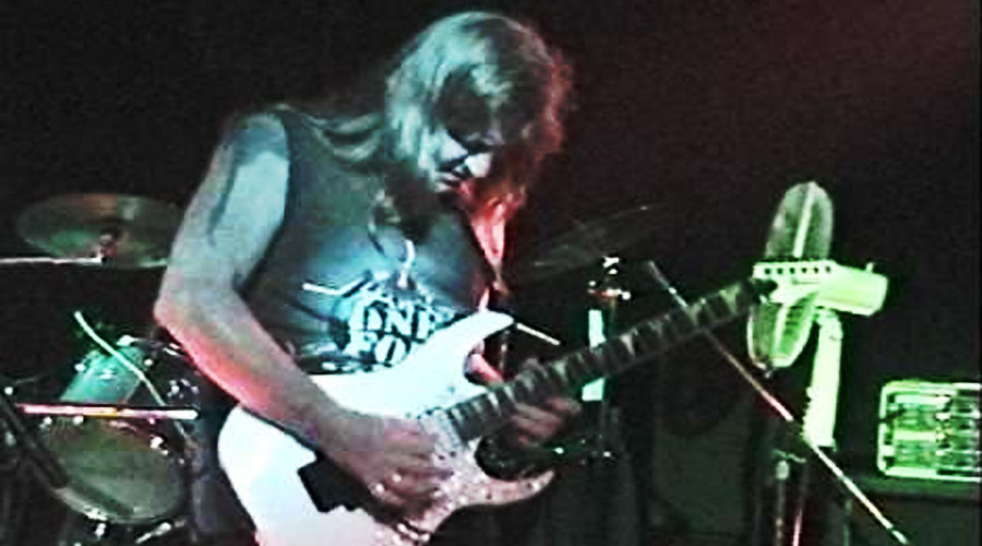 Morre Paul Chapman, ex-guitarrista do UFO