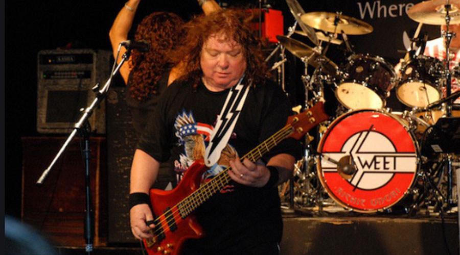 Morre aos 72 anos Steve Priest, baixista do The Sweet