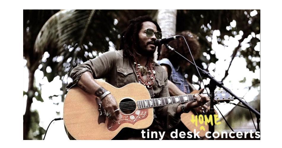 """Lenny Kravitz faz performance on-line para a série """"Tiny Desk"""" da NPR"""