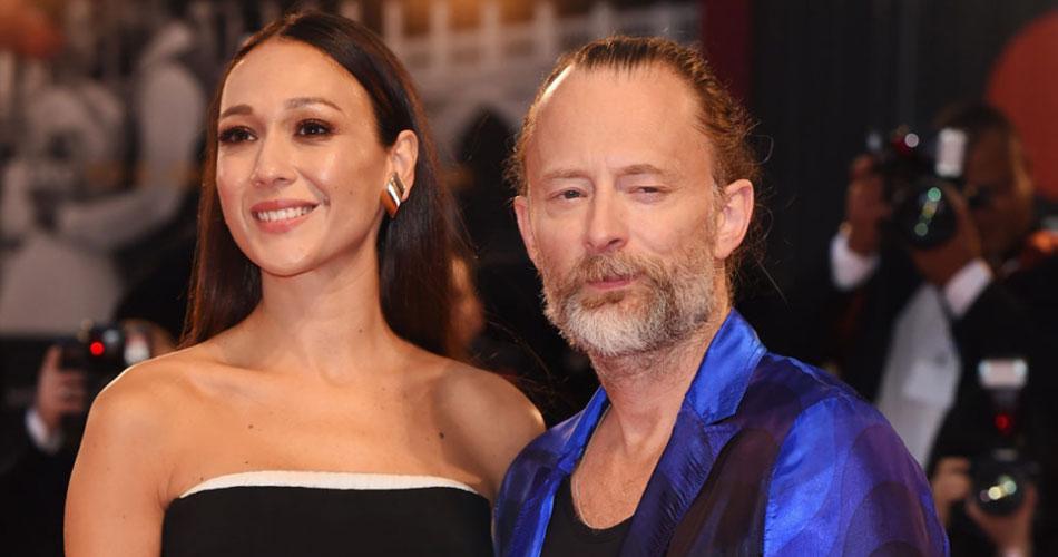 Thom Yorke, do Radiohead, se casa com a atriz Dajana Roncione; veja fotos