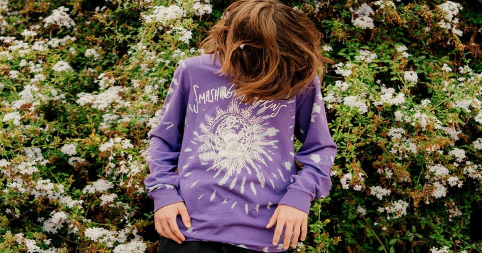 """Smashing Pumpkins celebra 25 anos de """"Mellon Collie And The Infinite Sadness"""" com nova coleção de roupas"""