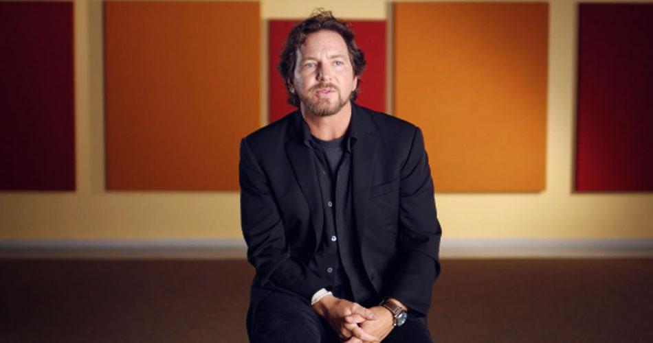 Eddie Vedder estreia duas novas canções em evento on-line