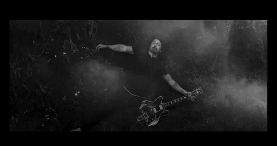 """Foo Fighters lança clipe oficial de seu novo single """"Shame Shame"""""""