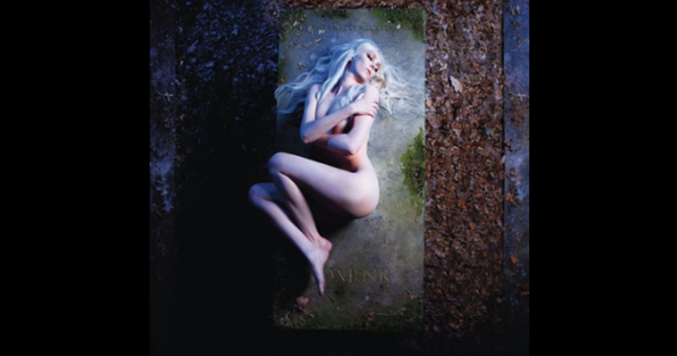"The Pretty Reckless lança novo single; ouça ""25"""