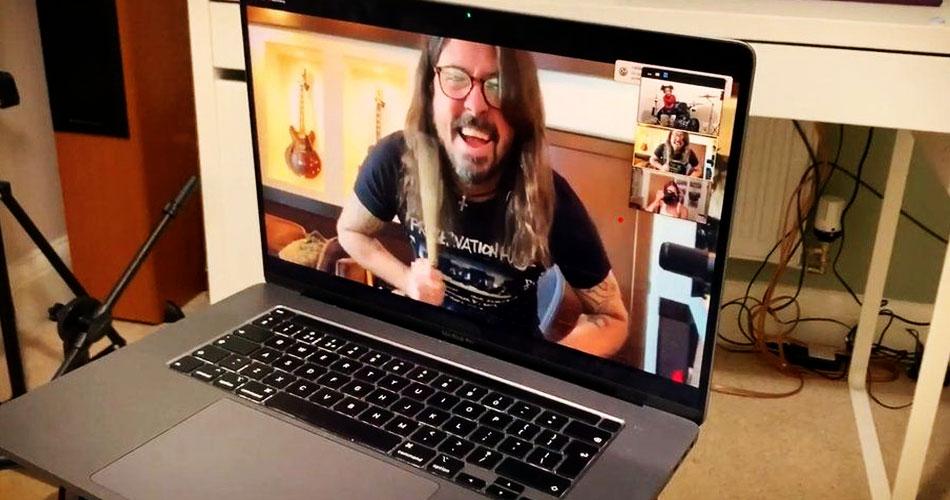 Novo jeito como adolescentes descobrem músicas garante o futuro do rock, diz Dave Grohl