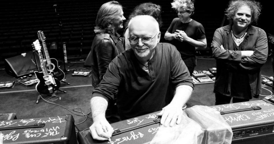 The Cure: amplificador autografado pela banda vai a leilão