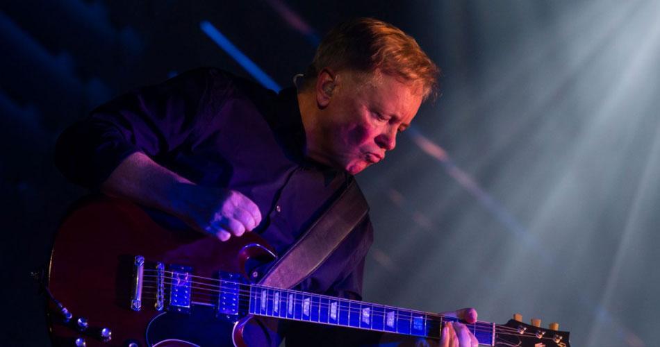 """New Order lança remix de Arthur Baker para """"Be A Rebel"""""""