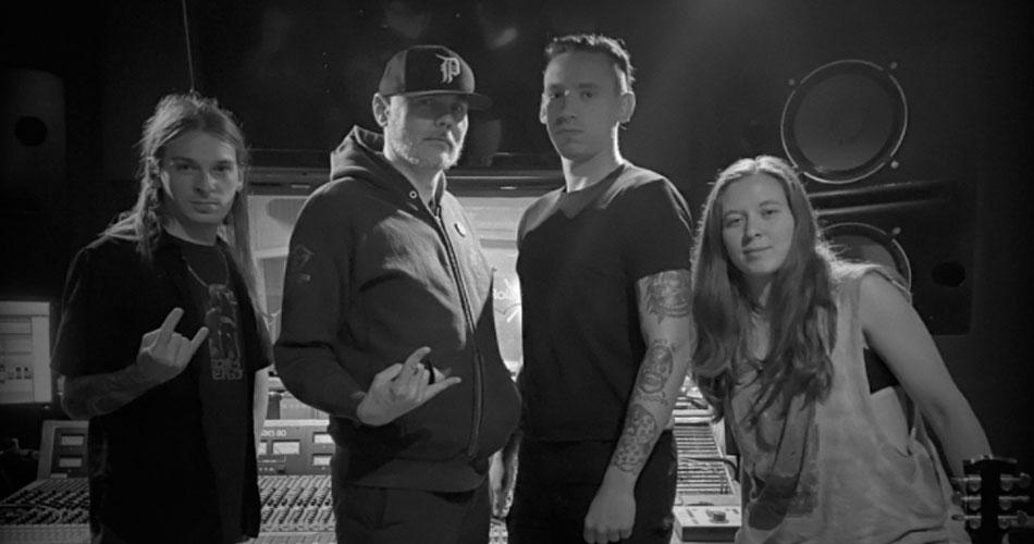 Billy Corgan, do Smashing Pumpkins, confirma parceria com Code Orange