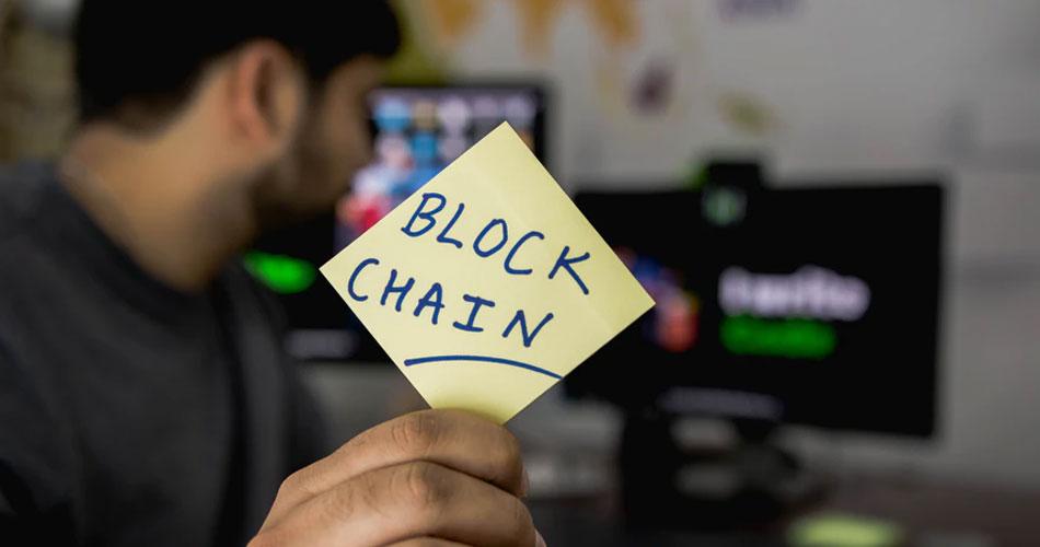 Tecnologia blockchain pode melhorar nível de discussões em novas redes sociais