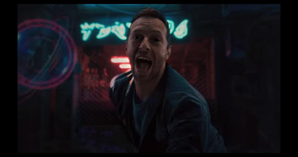 """Com produção de cinema, Coldplay lança novo clipe de """"Higher Power"""""""